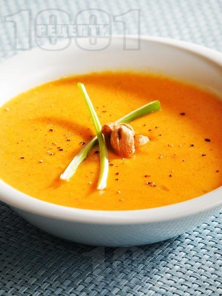 Крем супа от моркови и лук с лимонов вкус - снимка на рецептата